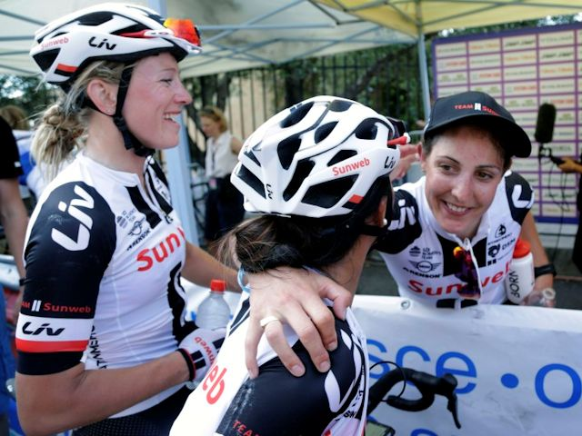 (Giro) Lucinda sluit ronde af als zevende