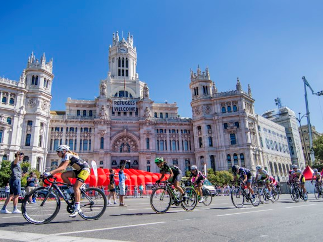 Team Sunweb knokt voor Coryn Rivera in Madrid